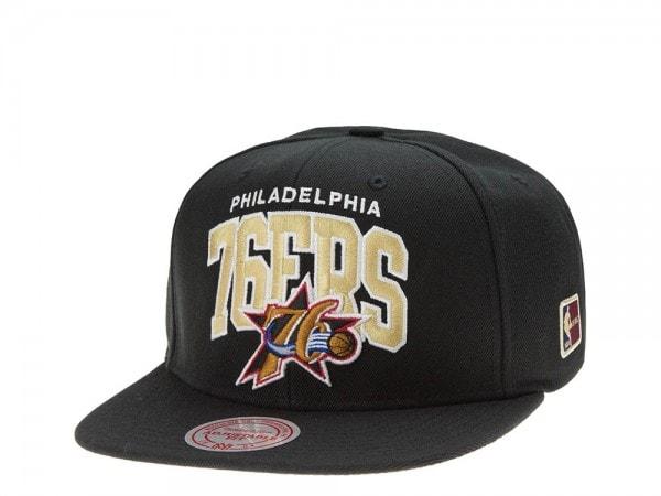 Mitchell & Ness Philadelphia 76ers Team Arch black Snapback Cap