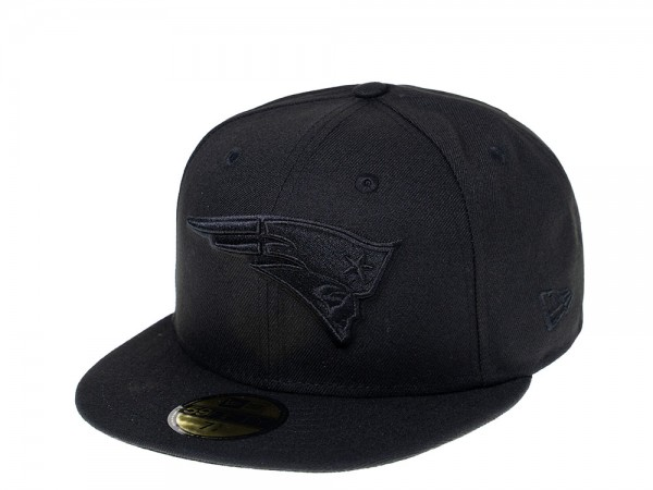 New Era New England Patriots Black on Black 59Fifty Fitted Cap